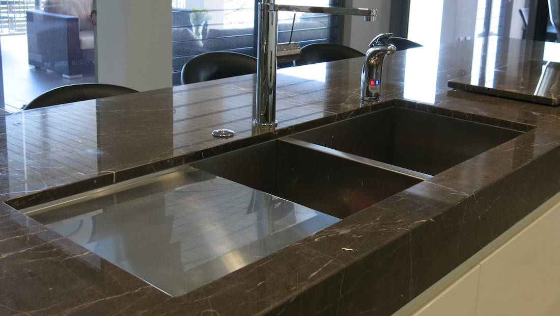 https://www.stone-tech.com.au/wp-content/uploads/Undermounted-Sink-and-Drainer.jpg